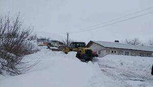 Çelikhan'da Köy Yolları Ulaşıma Açıldı