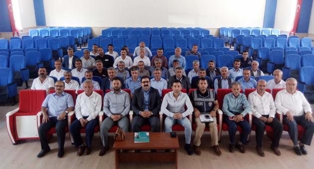 Çelikhan'da Mahalle Ve Köy Muhtarları Hizmet İçi Eğiteme Tutuldu