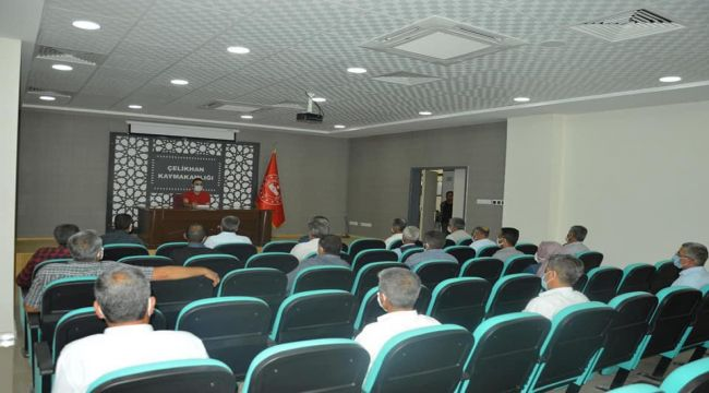 Çelikhan'da muhtarlara 'Aşı İkna' semineri