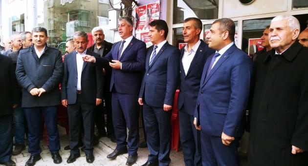 Çelikhanlılar, Milletvekili Taşdoğan'ı Bakan Gibi Karşıladı - Videolu Haber