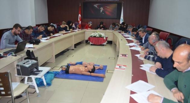 Çeşitli Meslek Guruplarına İlk Yardım Eğitimi Düzenlendi