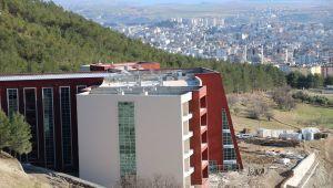 CHP'li Binzet: Uygulama oteli neden hizmete alınmıyor?