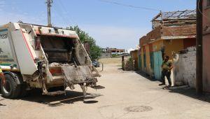 Çöp kamyonetinin çarptığı çocuk hayatını kaybetti
