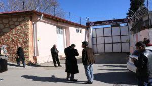 Deprem Sonrası Hasar Oluşan Adıyaman Cezaevi Boşaltılıyor - Videolu Haber