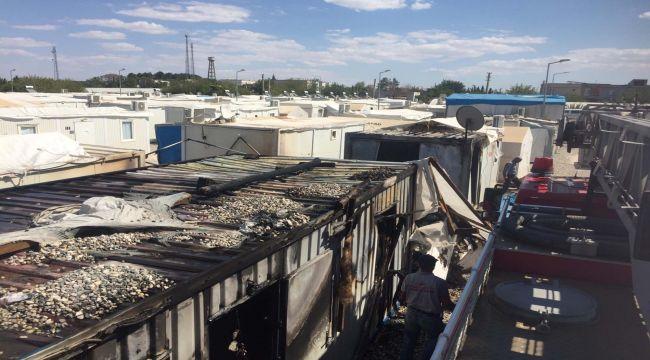 Depremzedelerin Konteynerinde Yangın Çıktı