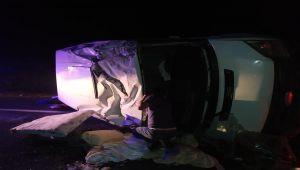 Devrilen minibüste bulunan 7 kişi yaralandı