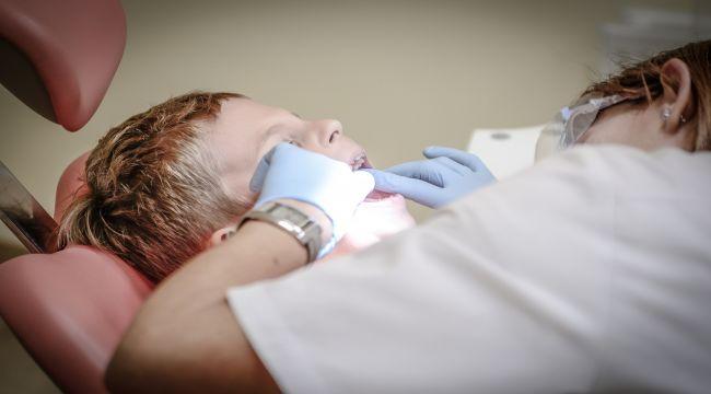 Diş hekimi korkusuna sedasyon önerisi