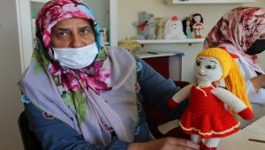 Ev kadınlarının ürettiği, amigurumi bebeklerine yurt dışından yoğun talep - Videolu Haber