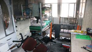Evde Çıkan Yangında 1 Kişi Dumandan Etkilendi