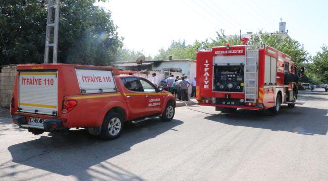 Evde Çıkan Yangında 1 Kişi Dumandan Etkilendi - Videolu Haber