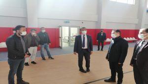 Gazi Ortaokulu kapalı spor salonuna kavuştu