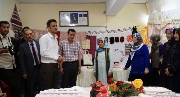 Gölbaşı Halk Eğitim Merkezi Yıl Sonu Sergisi