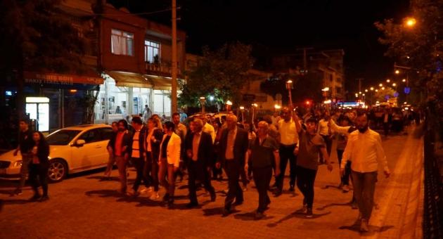 Gölbaşı'nda Meşaleli 19 Mayıs Yürüyüşü Yapıldı