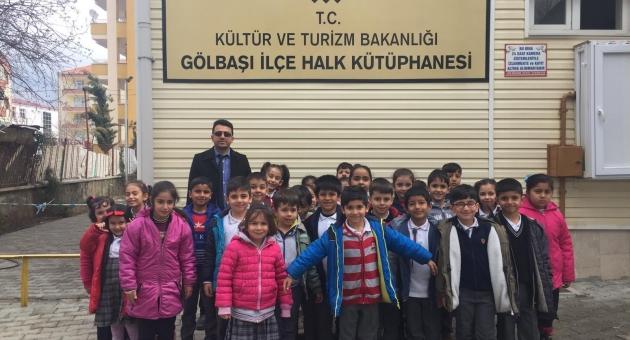 Gölbaşı'nda Minik Öğrencilerden Kütüphaneye Gezi
