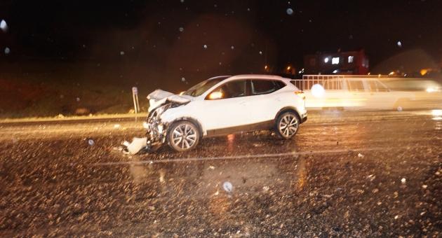 Gölbaşı'nda Trafik Kazası: 1 Ölü, 2 Yaralı