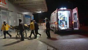 Gölbaşın'da Otomobil Ata Çarptı: 2 Yaralı