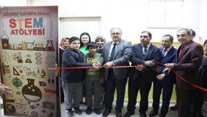 Gölkent Ortaokulu'nda STEM Sınıfı Açıldı