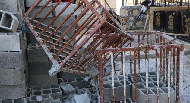 Halatı Kopan İnşaat Asansörü İşçinin Üzerine Düştü - Videolu Haber