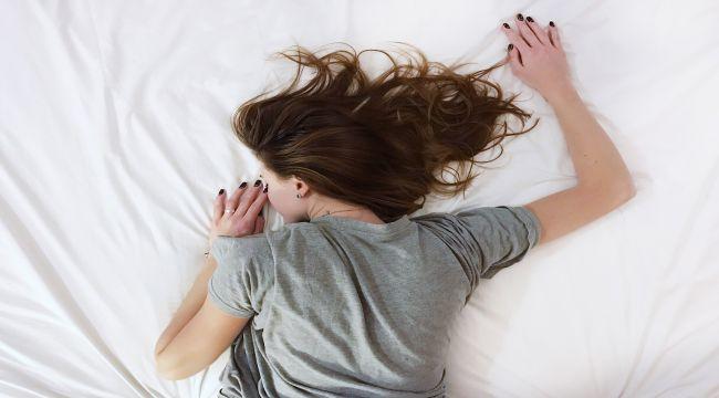 Her 10 kiloluk artışta, uyku apnesi riski 2 kat artıyor