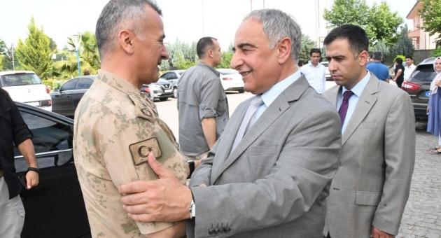 İl Jandarma Komutanı Atasoy'dan Rektör Turgut'a Ziyaret