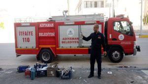 İşyerinde mahsur kalan atmaca itfaiye ekipleri tarafından kurtarıldı