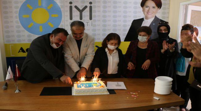 İYİ Parti kuruluşunun 3. yılını kutladı - Videolu Haber