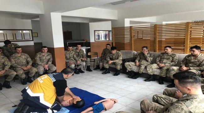Jandarma Ve Polise İlk Yardım Eğitimi
