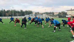 Kahta 02 Spor, 6 futbolcusuyla yollarını ayırma kararı aldı