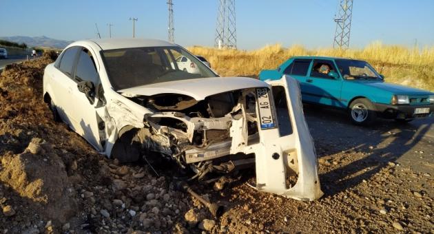 Kahta'da 3 Ayrı Kazada 11 Kişi Yaralandı - Videolu Haber
