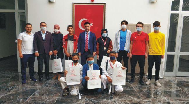 Kahta'da 'Amatör Spor Haftası' etkinlikleri başladı