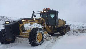 Kahta'da kar yağışı nedeniyle 32 köy yolu ulaşıma kapandı - Videolu Haber