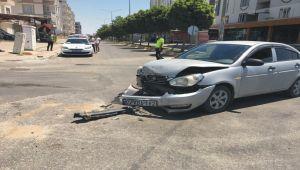 Kahta'da otomobil ile hafif ticari araç çarpıştı: 2 çocuk yaralı