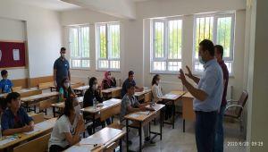 Kahta ilçesinde LGS sınavı sorunsuz tamamlandı