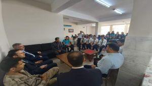 Kahta Kaymakamı Doğan'dan, Mustafa Yardımcı Anadolu Lisesini Ziyaret