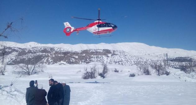 Karda Mahsur Kalan Hasta, Ambulans Helikopterle Kurtarıldı - Videolu Haber