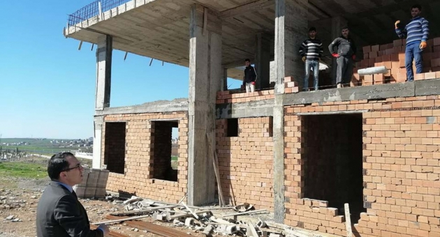 Kaymakam Kaya, Kadınlar İçin Mesleki Eğitim Merkezi İnşaatında İncelemelerde Bulundu