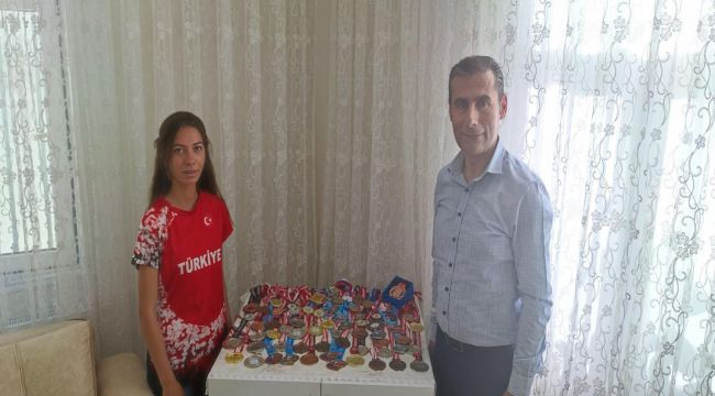 Keleş'ten milli atlet Kader Dost'a ziyaret