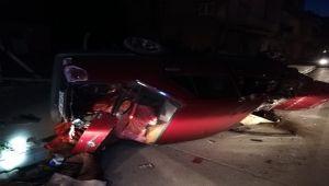 Kontrolden çıkan otomobil elektrik direğine çarptı: 1 yaralı - Videolu Haber