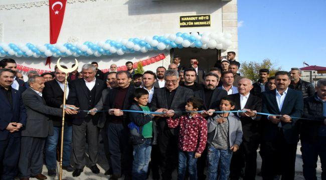 Köyüne Olan Vefa Borcunu Kültür Merkezi Yaparak Ödedi