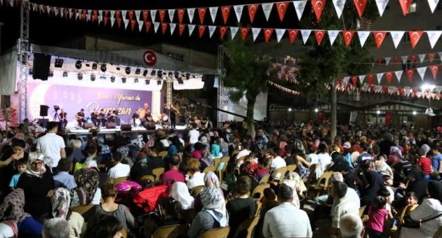 Mehmet Aslan 'Şehr-i Yaman'da Hayranlarıyla Buluştu