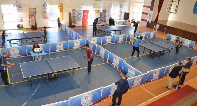 Memur -Sen 2. Geleneksel Masa Tenisi Turnuvasını Gerçekleştirdi