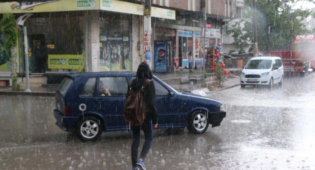 Meteorolojiden Adıyaman ve Bölgede Kuvvetli Yağış Uyarısı