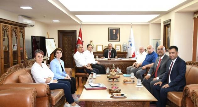 MHP İl Teşkilatından Prof. Dr. Turgut'a Yeni Görevinde Başarı Temennisi