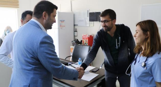 Milletvekili Toprak, Gerger Devlet Hastanesi'nde İncelemelerde Bulundu