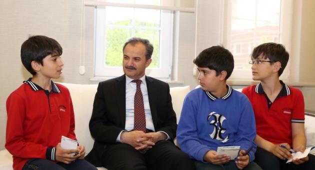 Minik Gazeteciler İlk Röportajlarını Başkan Kılınç ile Yaptı