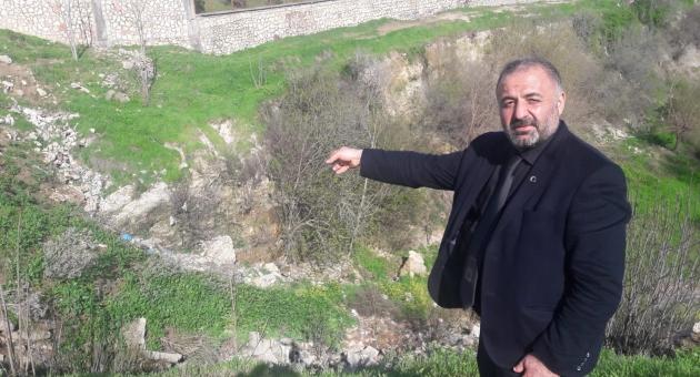 Muhtar Hacı Mustafa İlik Mahallesinin Sorunlarına Neşter Vuruyor