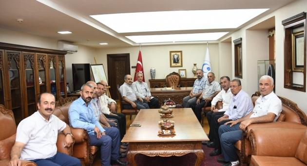 Muhtarlardan Rektör Turgut'a Ziyaret