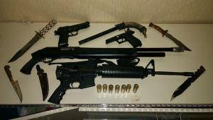 Operasyonda Tabanca, Tüfek Ve Bıçak Ele Geçirildi: 2 Gözaltı