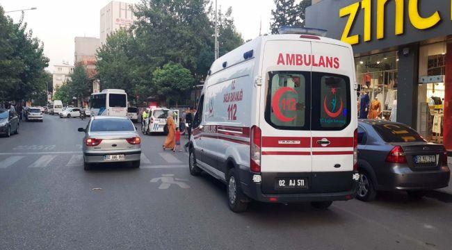 Otomobilin Çarptığı Betül, Yaralandı