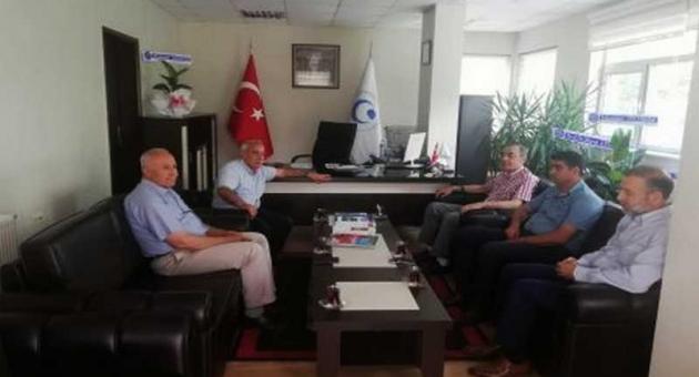 Özdemir'den MYO Müdürü Akgün'e Hayırlı Olsun Ziyareti